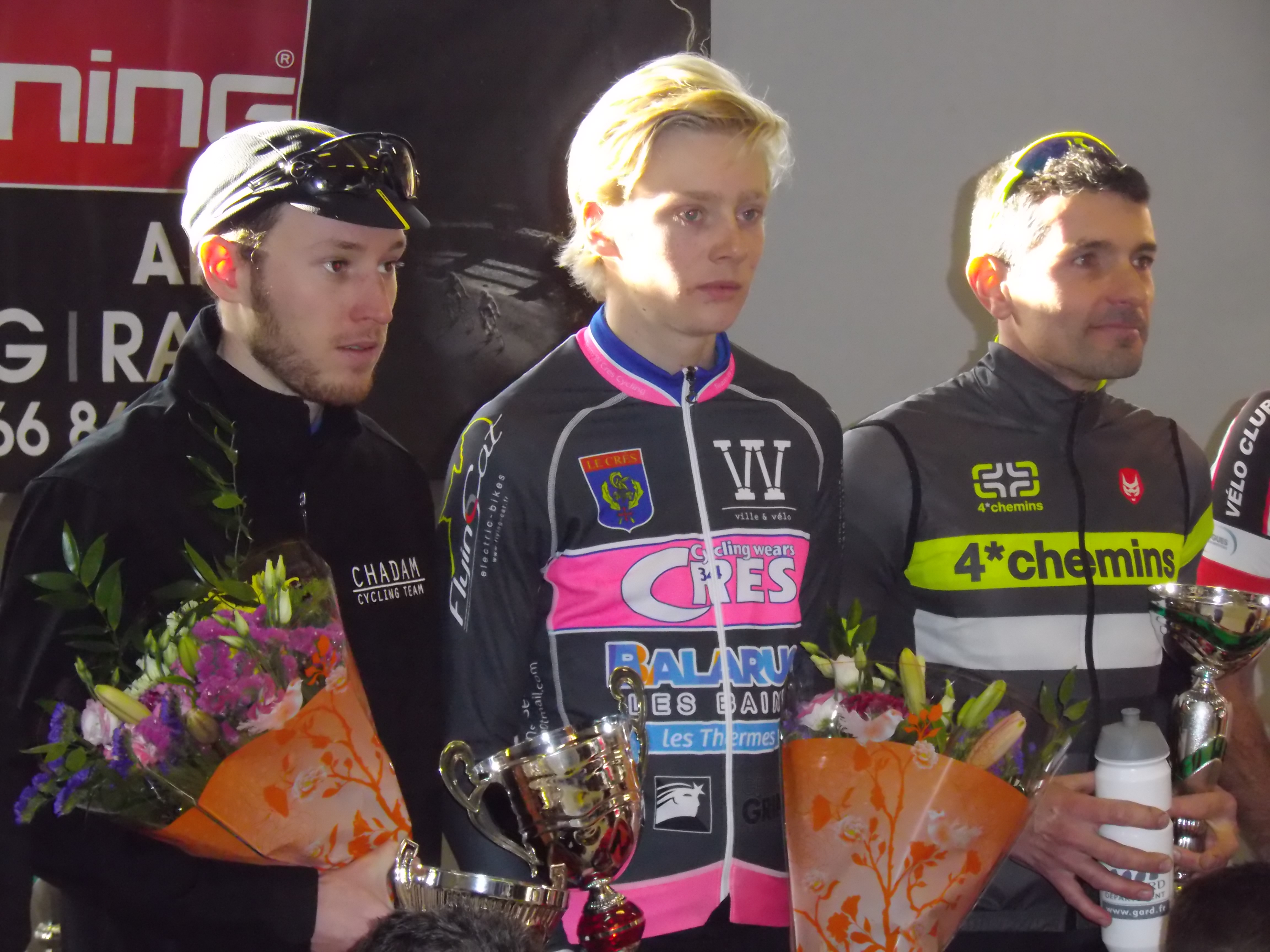 podium scratch à Ste Méjanne lès Alès